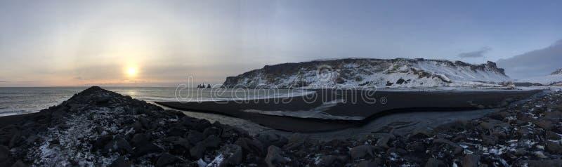 Vik Black Beach Panorama imagem de stock royalty free