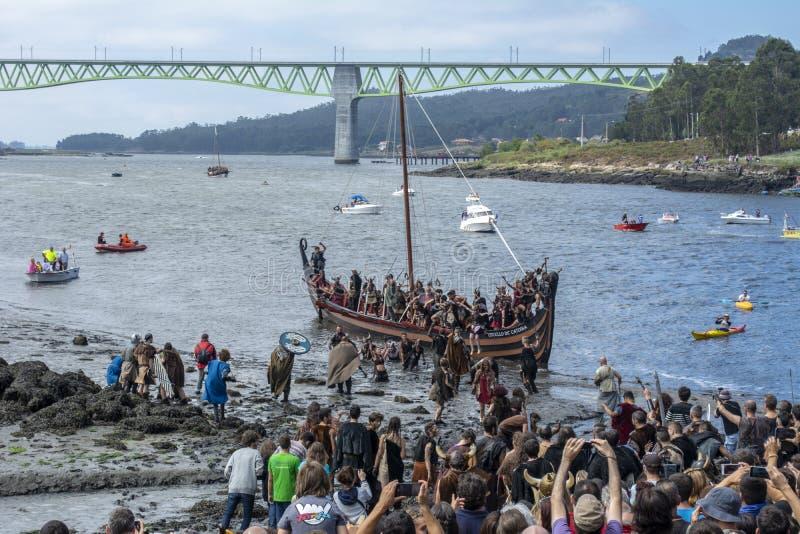 Viking-Ausschiffung in Catoira stockfotografie