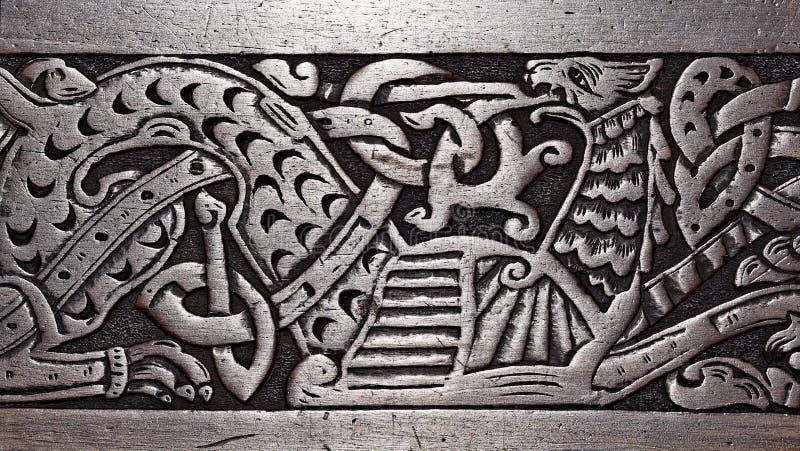 Viking drewniany cyzelowanie gryf fotografia royalty free