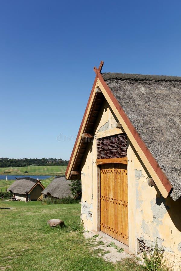 Viking-huizen in Hobro, Denemarken stock foto's