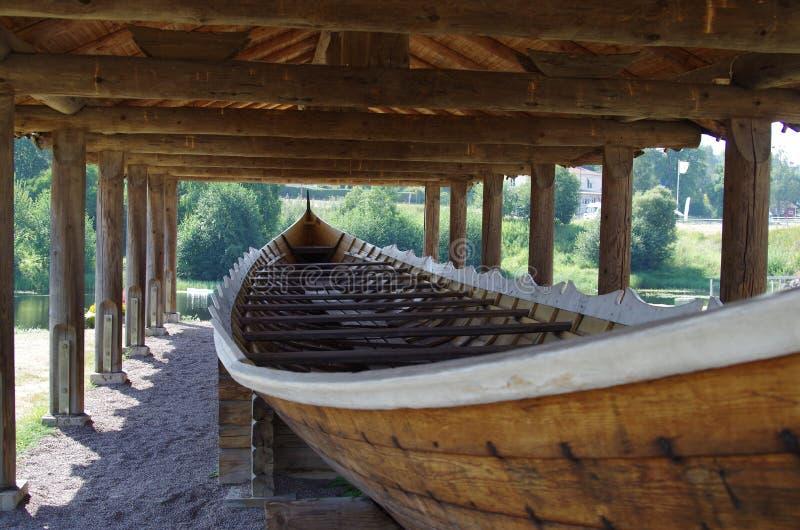 Viking Longboat en Dalarna, Suecia imagen de archivo