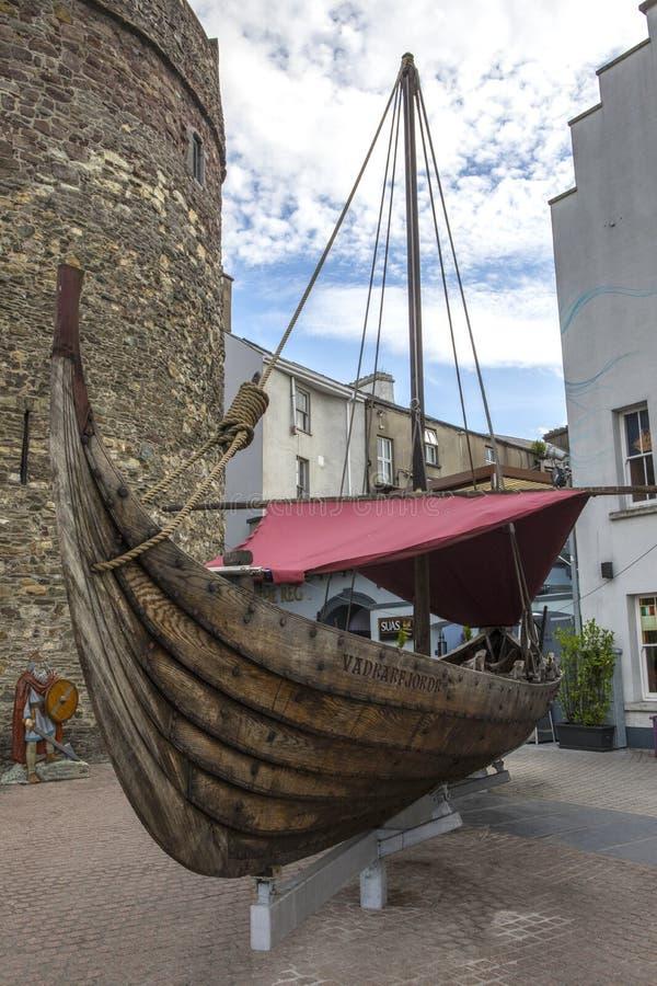 Viking Longboat Replica en Waterford fotografía de archivo libre de regalías