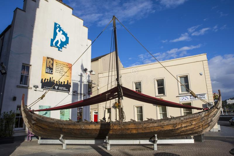 Viking Longboat Replica en Waterford imagen de archivo libre de regalías