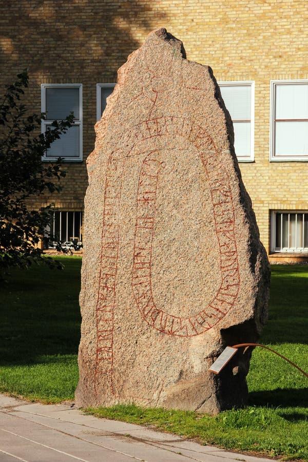 Viking-runesteen. Linkoping. Zweden stock afbeeldingen