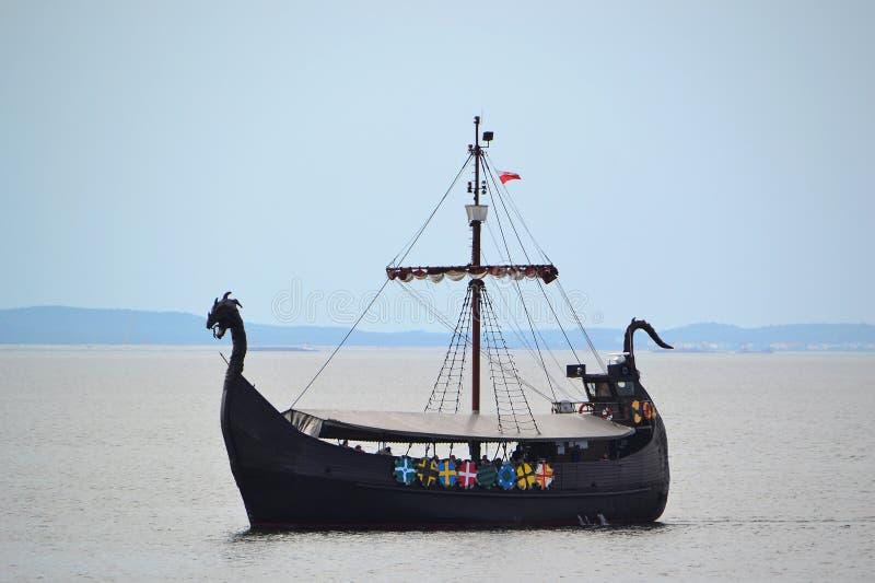 Viking-schip royalty-vrije stock afbeelding
