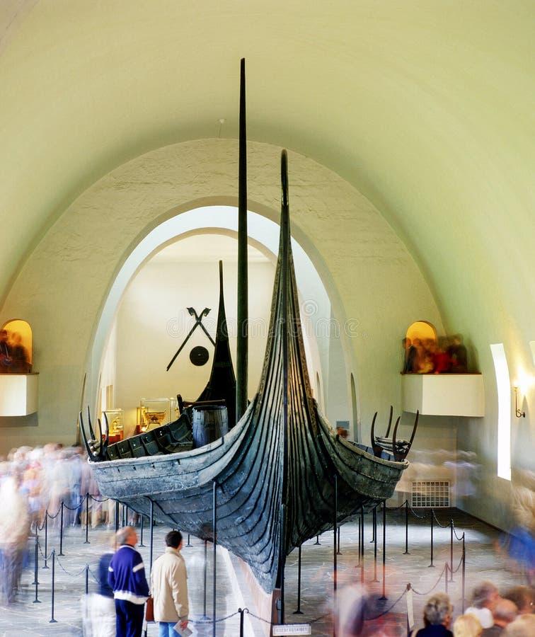 Viking skepp i museet, Oslo arkivbilder
