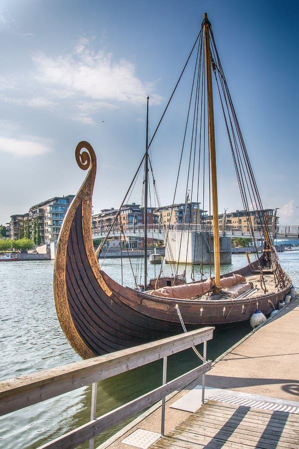 Viking statek w fjord, Tonsberg, Norwegia fotografia stock