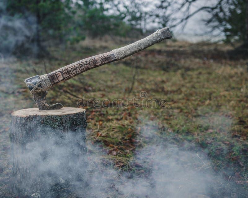 Viking styl, handmade ax zdjęcia stock