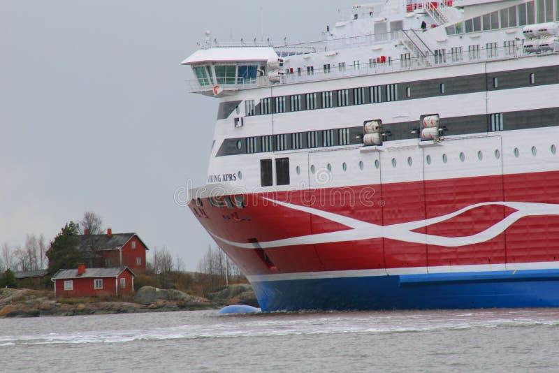 Viking Wykłada Viking XPRS opuszcza Helsinki zdjęcie royalty free