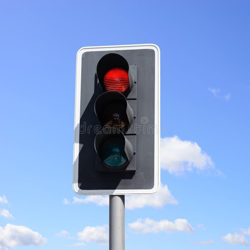 Viktigt trafiktecken för medel och gångare arkivbild
