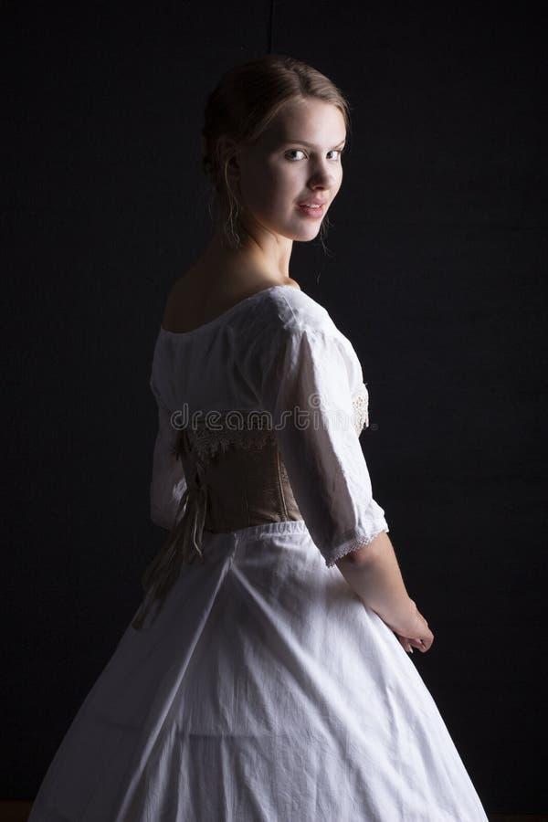Viktorianische Frau in der Unterwäsche stockfotografie