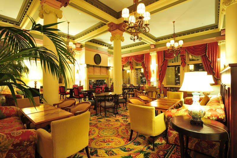 Viktorianische Hotelvorhalle stockbilder