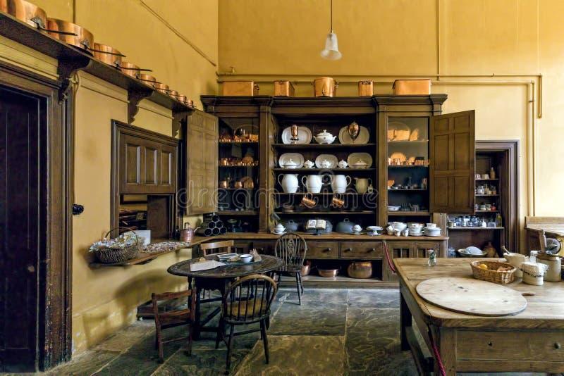 Viktorianische Küche, Charlecote-Haus, Warwickshire, England stockbilder