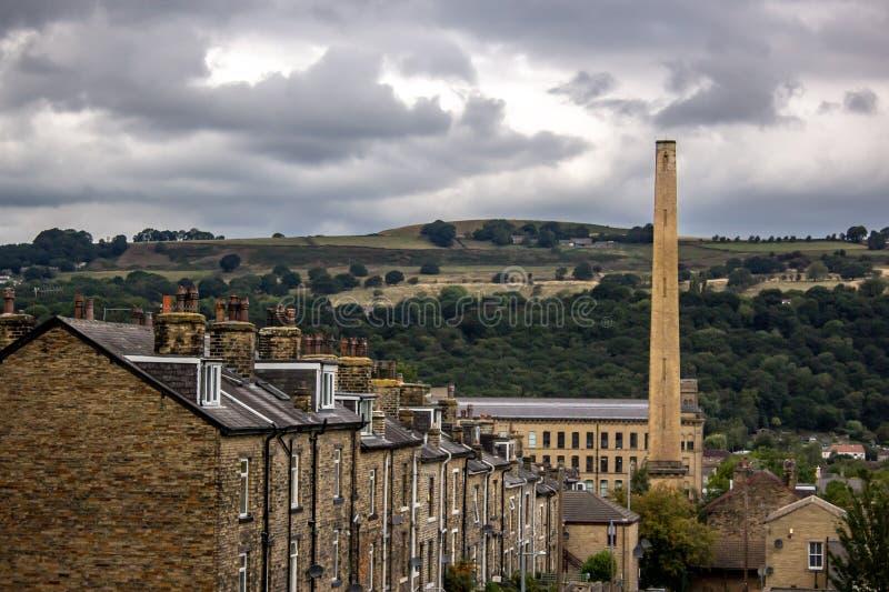 Viktorianische Mühle im Tal lizenzfreies stockbild