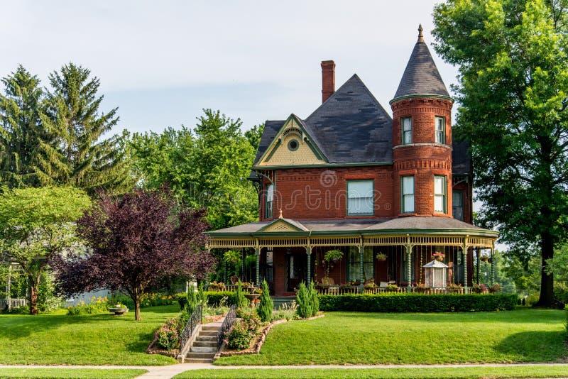 Viktorianisches Ziegelstein-Bett - und - Frühstück Haus stockfoto
