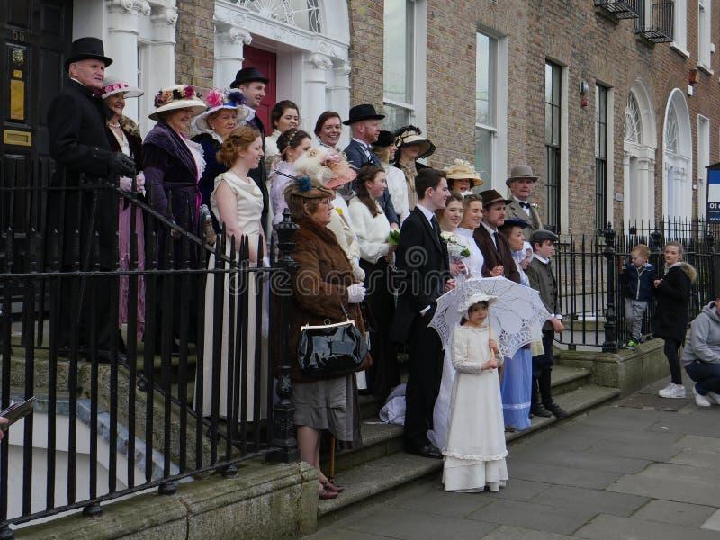 Viktorianskt bröllopmode i Dublin, Irland arkivbilder