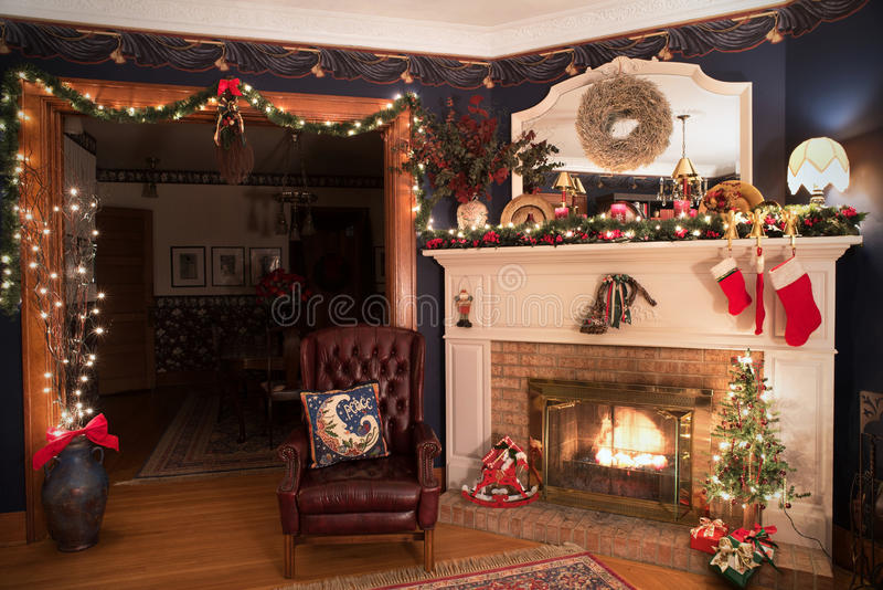 Viktorianskt julLiing rum fotografering för bildbyråer