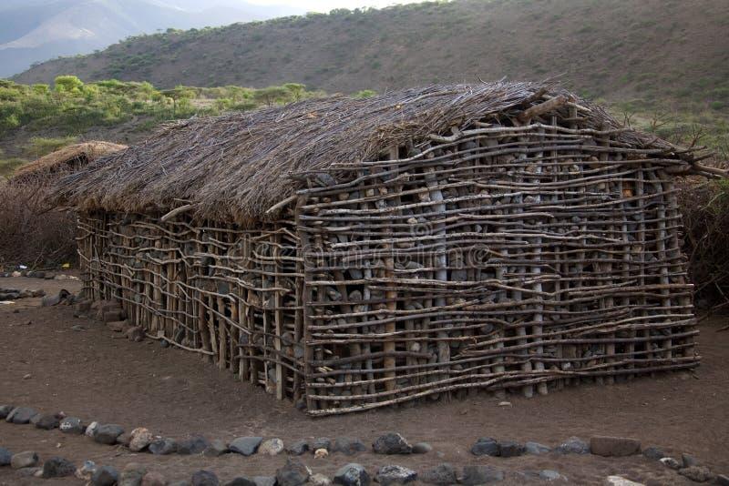 Download Vila 002 do Masai foto de stock. Imagem de tanzânia, verde - 533814