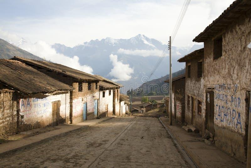 Vila andina imagem de stock