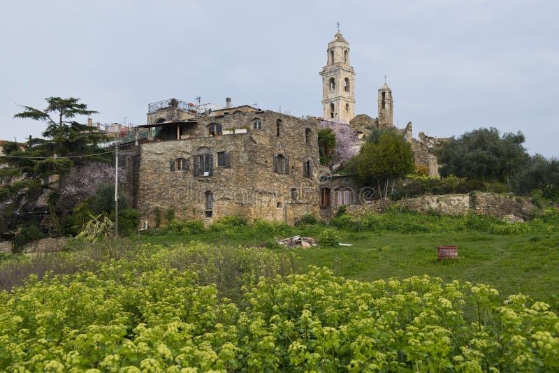 A vila antiga de Bussana Vecchia imagem de stock