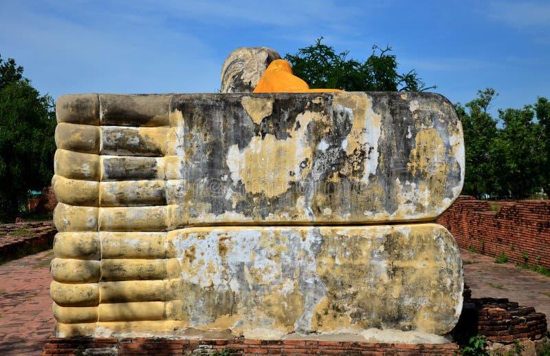 Vila Buddha av Wat Lokayasutharam royaltyfri bild