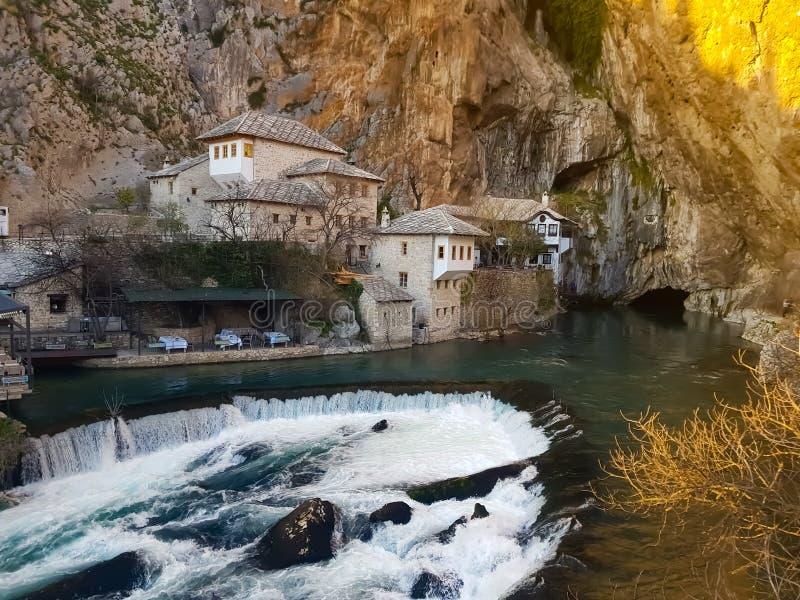 Vila, Buna, Bósnia e Herzegovina da margem foto de stock royalty free