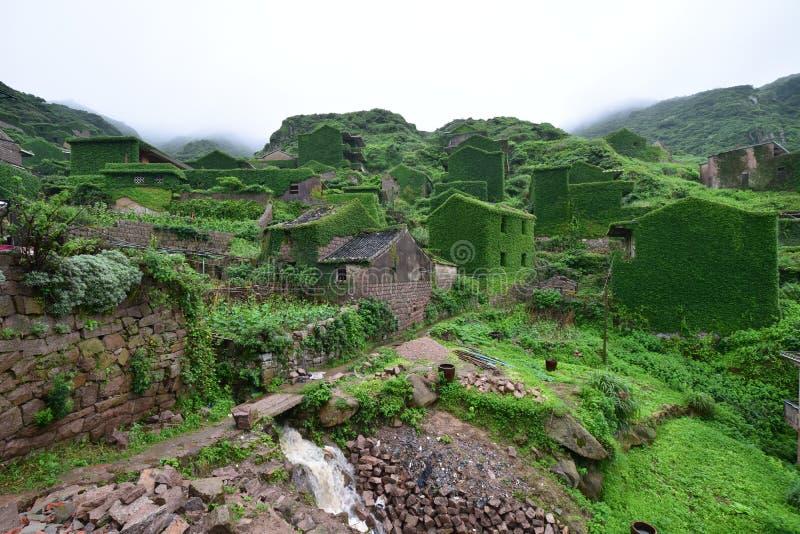 Vila chinesa abandonada fotografia de stock