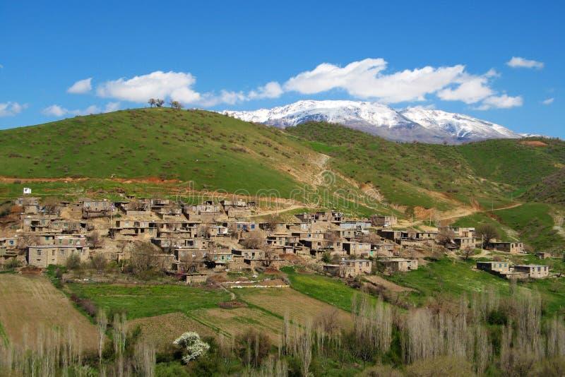 Vila curdo na província de Curdistão de Irã fotografia de stock royalty free