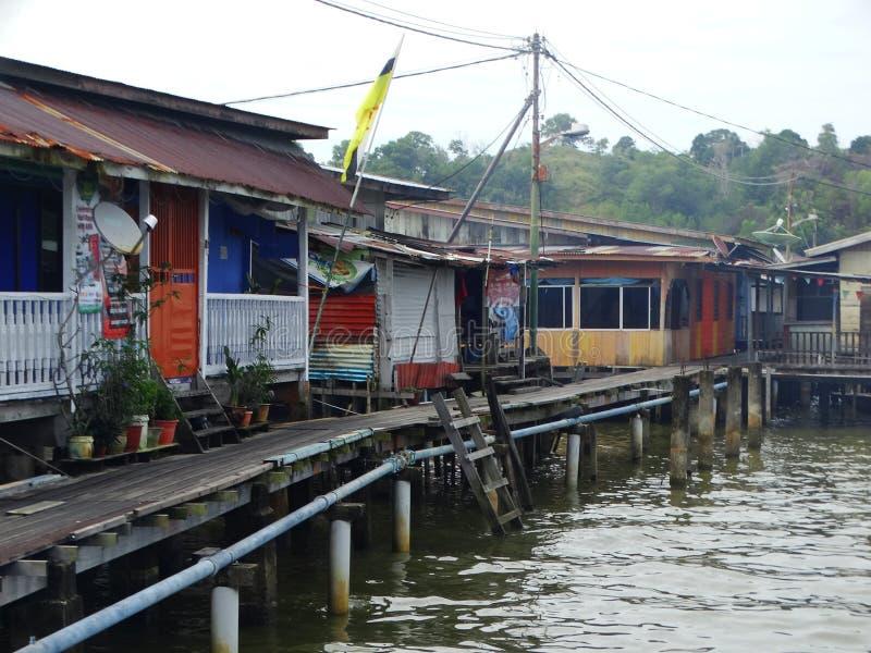 A vila da água ou o Kampung Ayer - vila na água em Bandar Seri Begawan, Brunei Darussalam fotografia de stock