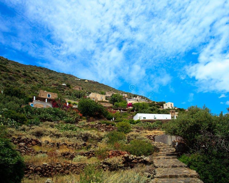 Vila de Alicudi fotos de stock royalty free