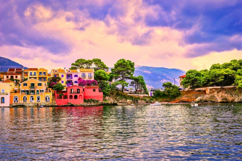 Vila de Assos na ilha de Kefalonia, Gr?cia fotos de stock royalty free