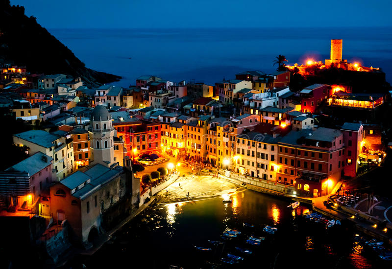 Vila de Cinque Terre de Vernazza fotos de stock