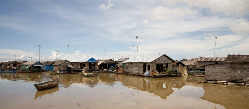 Vila de flutuação, Cambodia fotografia de stock