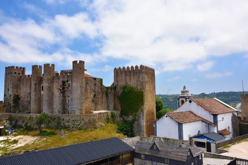 Vila de Obidos e seu castelo Portugal foto de stock royalty free