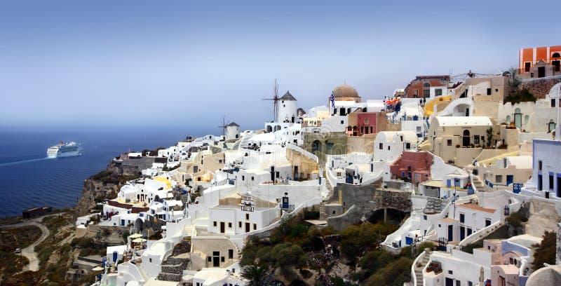 Vila de Oia no console de Santorini fotografia de stock