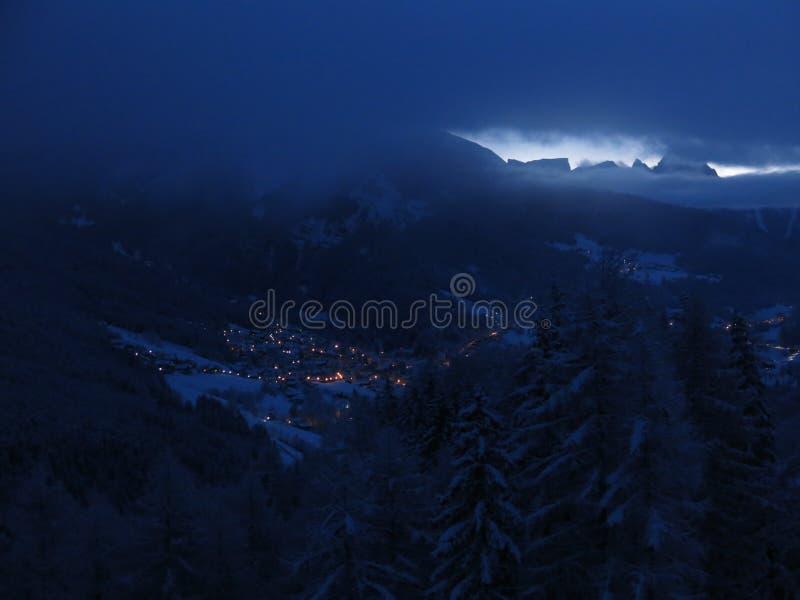 Vila de Ortisei em Tirol sul imagem de stock royalty free