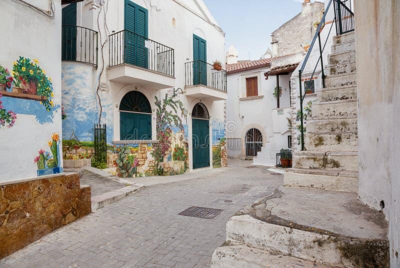 Vila de RODI GARGANICO em Puglia foto de stock royalty free