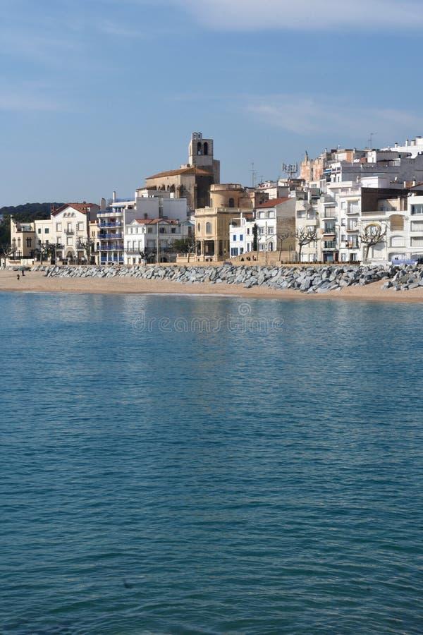Vila de Sant Pol de Mar na província de Barcelona, Catalonia, termas fotografia de stock