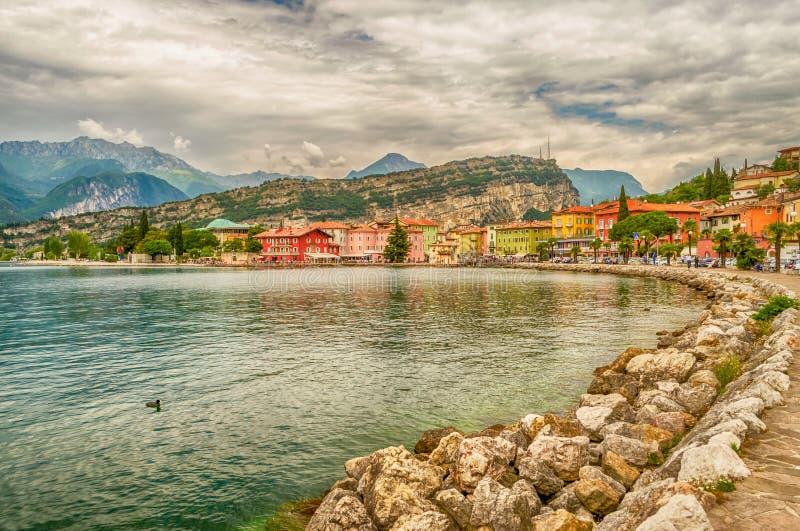 Vila de Torbole, lago Garda, Itália imagens de stock