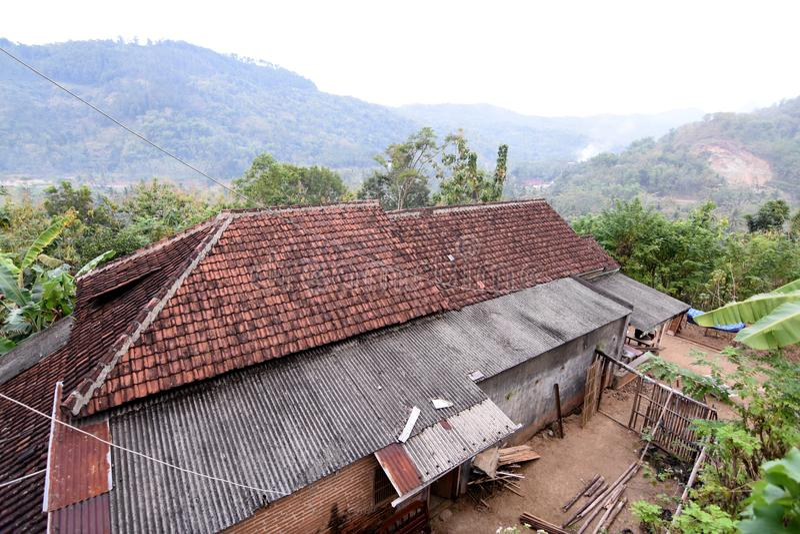 Vila de Tugu da vista em Trenggalek, Indonésia fotos de stock