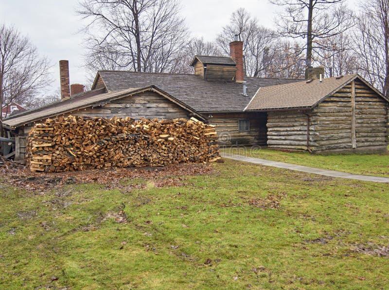 Vila do século - Burton, Ohio imagem de stock