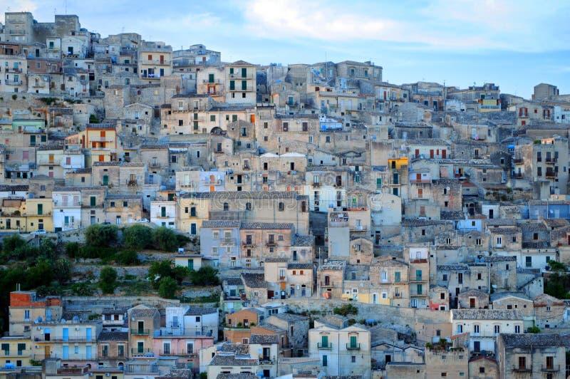 Vila em Sicília imagens de stock
