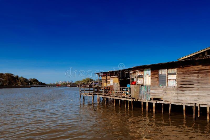 Vila famosa da água de Brunei fotos de stock