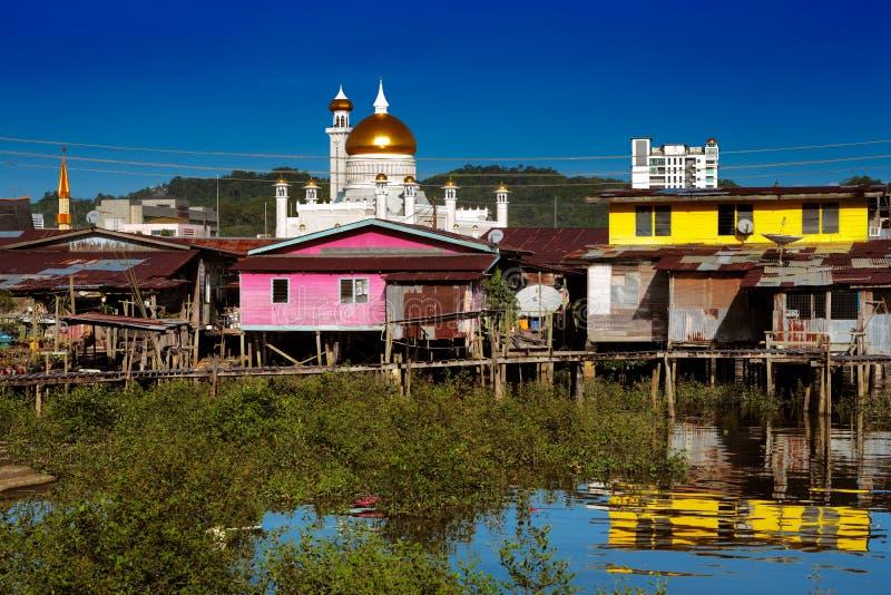 Vila famosa da água do capital de Brunei fotografia de stock royalty free
