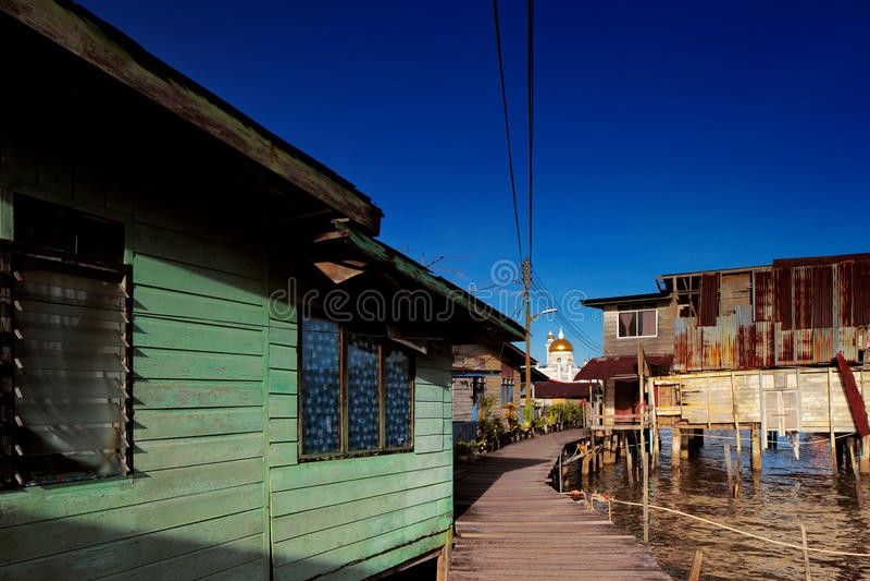 Vila famosa da água do capital de Brunei fotografia de stock