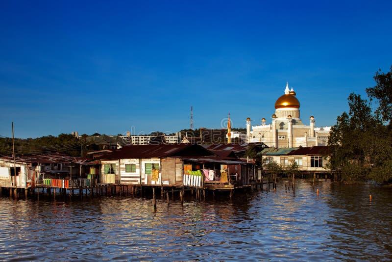 Vila famosa da água do capital de Brunei foto de stock