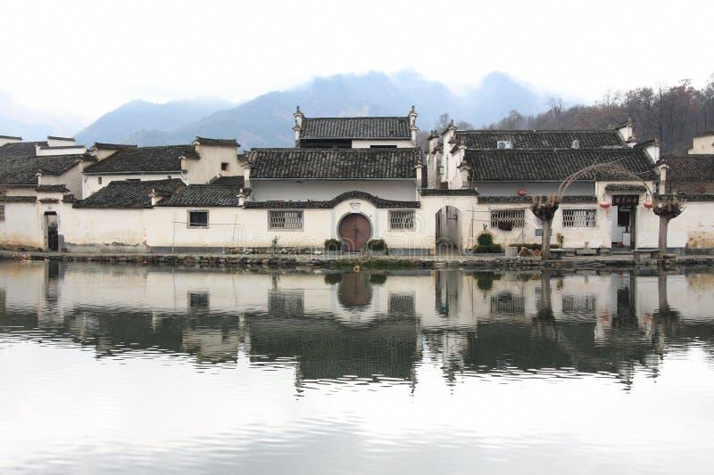 A vila famosa de Hongcun, China imagens de stock royalty free
