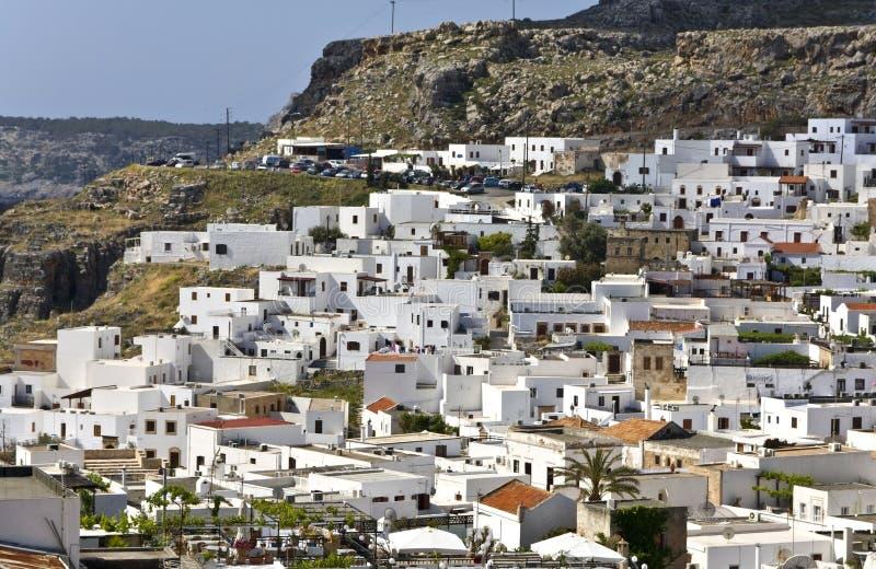 Vila grega tradicional de Lindos no Rodes fotografia de stock royalty free