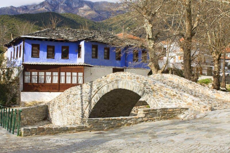 Vila grega tradicional de Moustheni imagem de stock
