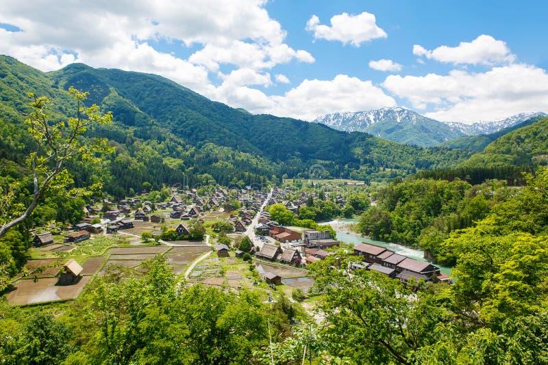 A vila japonesa histórica Shirakawa-vai no verão foto de stock royalty free